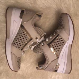 NWOT MICHAEL KORS platform sneakers